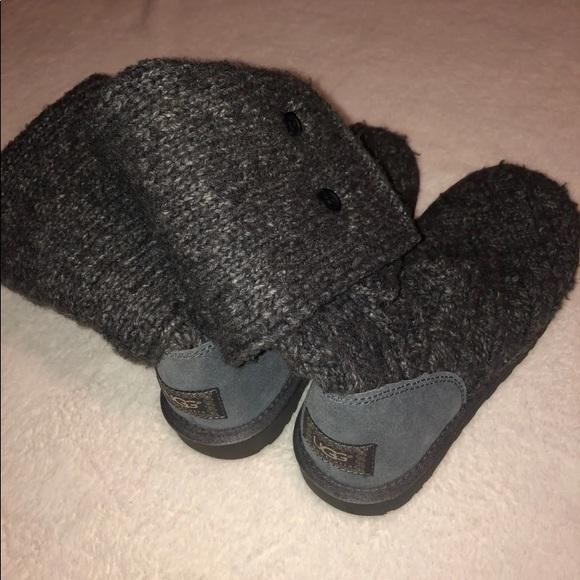 UGG Shoes - Grey uggs
